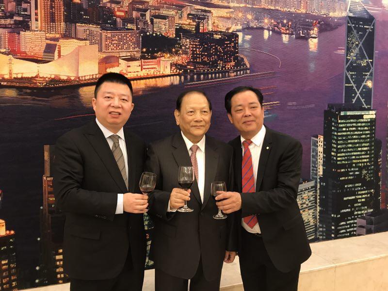 杭州安徽商会会长杨士成:出席68周年国家庆典